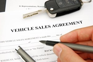 Domestic car sales recover, lenders ready for strong 2014