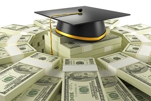 Innovative students look for financial help in college