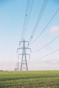 Expert addresses risk management in energy sector